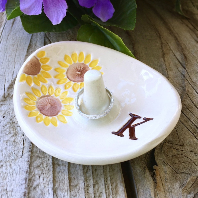 Monogrammed Oval Sunflower Ring Holder Ring Bowl Engagement Ring Dish Ring Dish Personalized Ring Holder Dish Wedding Ring Holder
