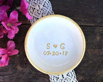 Classic Jewelry Dish - Gold - Ring Dish - Date and Initials - Personalized Gift - Catchall - Wedding Ring Holder - Wedding Gift