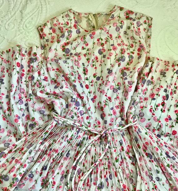 Tea Party Dress  . 50s dress .  50s Summer Dress .