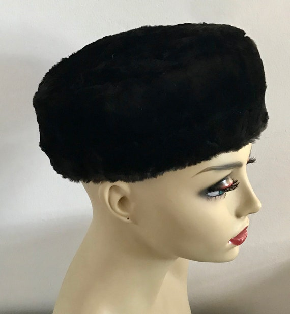 beaver fur hat . beaver pill box hat . fur hat . s