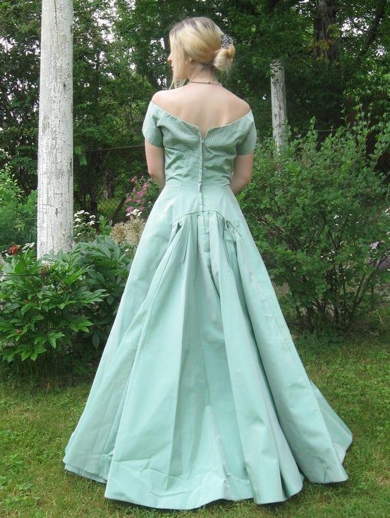 aqua vintage gown . 50s gown . vintage wedding gow