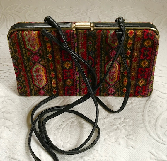 tapestry bag . 60s tapestry purse . tapestry velve