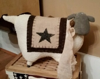 Primitive Country Sheep - Farmhouse decor shelf sitter, star, burlap, rusty bell