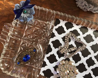 Upcycled vintage vanity tray - blue flower