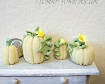 White Pumpkin Glow-in-the-Dark Dollhouse Fall Decor Set of 1:12 Scale Miniature Sculptures