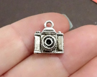 10 Camera Charms 14x12.5x5mm ITEM:BU14