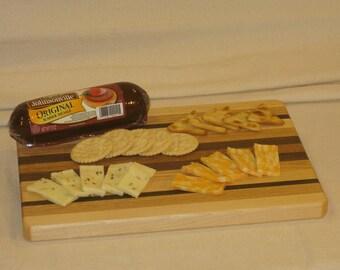 Medium Hardwood Cutting Board / Serving Tray