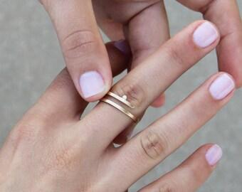 Kimora moderne Verlobungsring, kleine Diamant-Verlobungsring, minimalistische Verlobungsring 14k gold, zierliche Diamant-Ring, dünne Diamant-Ring,