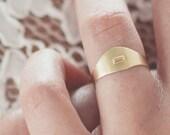 Florine, 14k gold signet ring, solid gold signet ring, dainty signet ring, delicate signet ring, minimal gold ring, minimal signet ring
