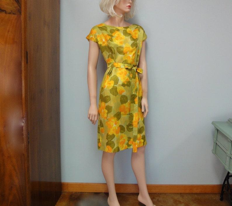 Delightful Vintage Wiggle Dress Cocktail Party Dress image 0