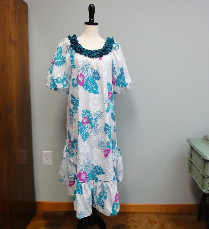 Vintage Hilo Hattie Hawaiian Dress Teal Turquoise White Muu image 0