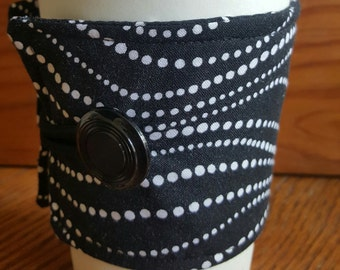 Coffee or Tea Wrap Around Sleeve in Black and White Dotted Swirl Weave Print/Coffee Cup Cozy/Reusable/Mug Cozy