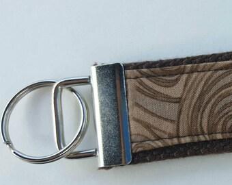 Three-Toned Brown/Beige Swirl Keychain