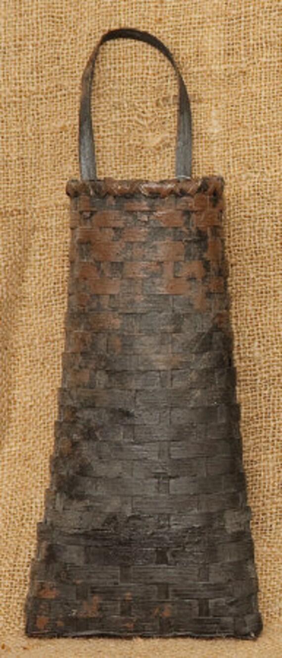 Primitive Hanging Basket Black