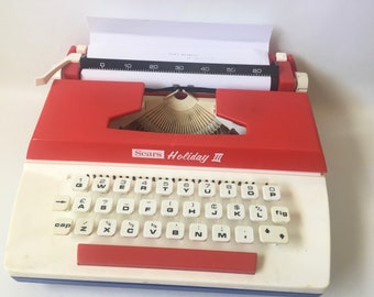 Vintage 1976 Bicentennial Edition Sears Holiday III Portable Typewriter  for Children