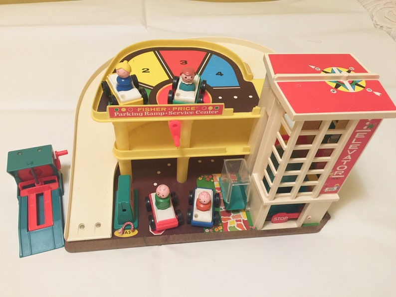 Garage Fisher Price : Vintage fisher price play family action garage playset little etsy