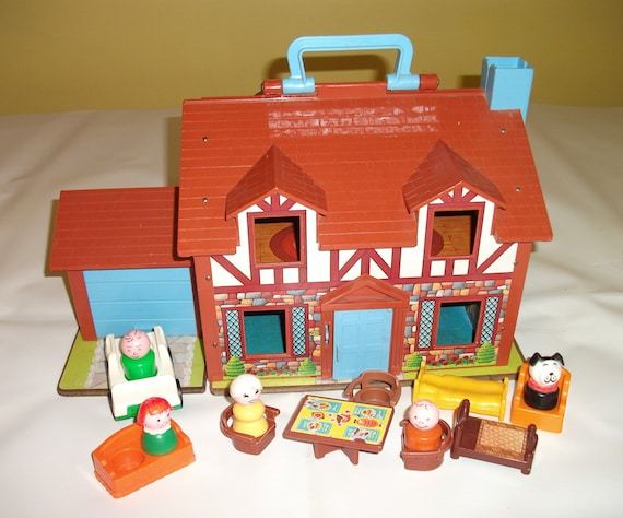 Vintage Fisher Price House Little People Family Tudor House 952 Playset Toy 2