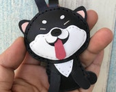 Small size - Cindy the Shiba Inu cowhide leather charm ( Black / white )