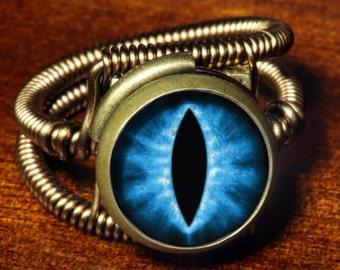 Dungeons and dragons Jewelry - Eye ring, Blue  Eye, Dragon eye, Lizard eyeball, Snake eye, Steampunk ring, Bronze, dnd Rings
