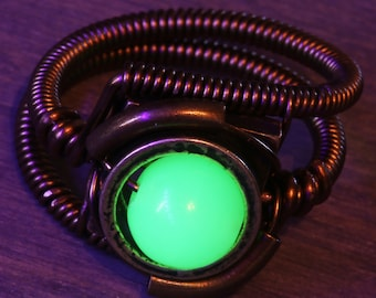 Uranium glass ring, Vintage bead , Steampunk Jewelry, Wire-wrapped, Vaseline