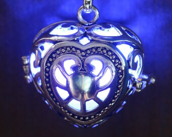 Heart Pendant Heart Jewellery Glowing Necklace  Glowing Blue Heart Lovely Valentine Gift for Her - LED jewelry