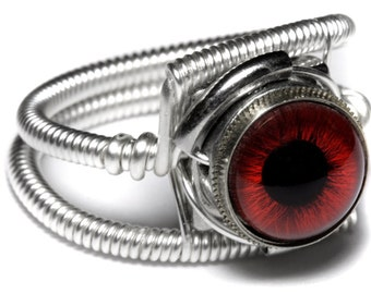 Eyeball ring, Red taxidermy glass Eye, Silver finish, Steampunk Jewelry, beholder ring