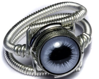 Eyeball ring, Blue taxidermy glass Eye, Silver finish, Steampunk Jewelry, beholder ring