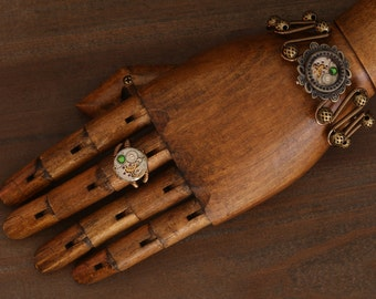 NEW Steampunk Jewelry Set,Bracelet and ring, Fern green swarovski crystal,antique watch movement