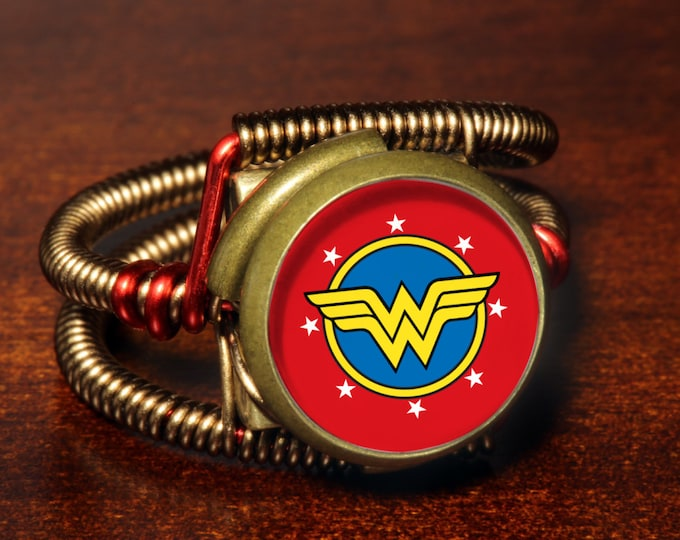 Steampunk Jewelry - Ring - Wonder Woman