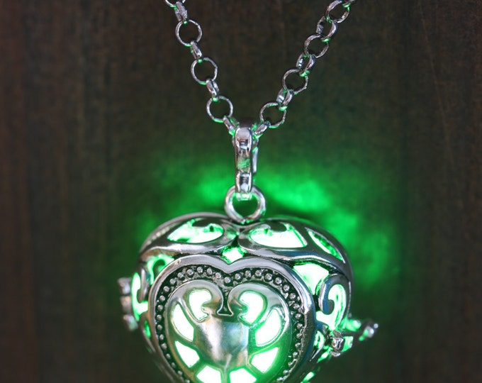 Heart Pendant Heart Jewellery Glowing Necklace Heart Locket with green glowing Orb Lovely Valentine Gift for Her - LED jewelry