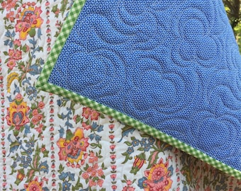 vintage floral trellis ...baby quilt .... whole cloth, baby girl quilt, stroller quilt, crib quilt, car seat quilt