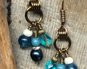 Black Pearl Apatite Dangle Earrings Antique Bronze Wire Wrapped 1.99 Shipping USA