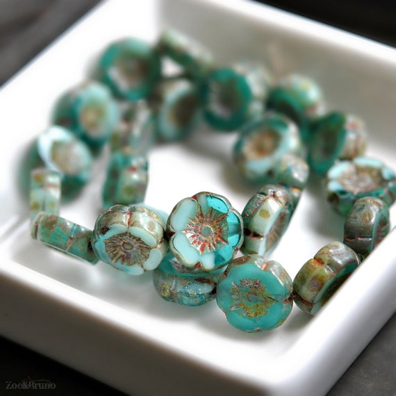 12 beads Ivory Turquoise Wash Picasso Czech Glass Flower Beads 12mm