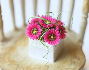 Dollhouse miniature fuschia gerbera daisies in 1/12 scale