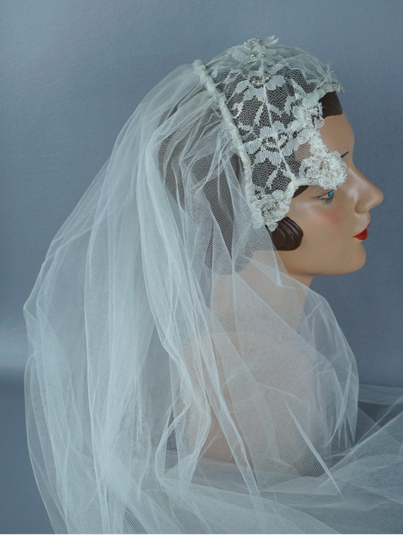Vintage Wedding Veil, Bridal Headpiece, White Lace