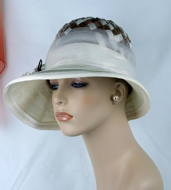 Capeline Wide Brim Hat, Taupe and Ivory Hat, Flor… - image 4