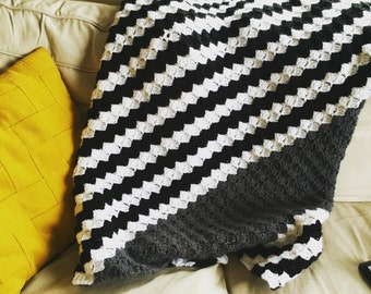 Black and White Diagonal Stripe Crochet Throw Afghan Blanket