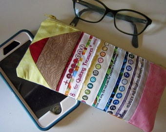 Back-to-School Zippered Selvage Pouch Pattern Zipper from Quilts by Elena