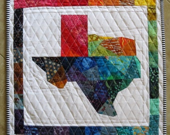 TEXAS Silhouette Outline Quilt from Quilts by Elena Wall Hanging Table Runner