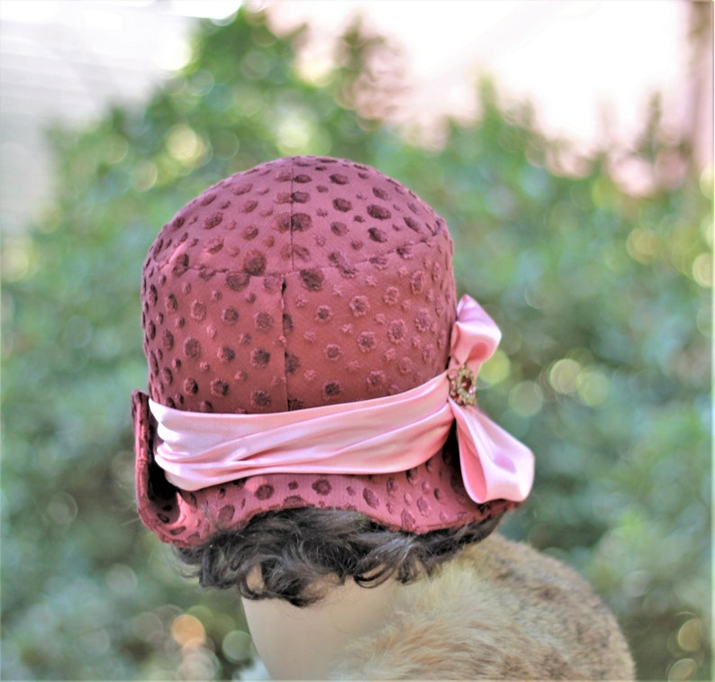 Womens Cloche Hat Vintage Style 1920s Flapper 20s Boho Textured Polka Dot Fabric Raspberry Maroon Downton Abbey Size Small