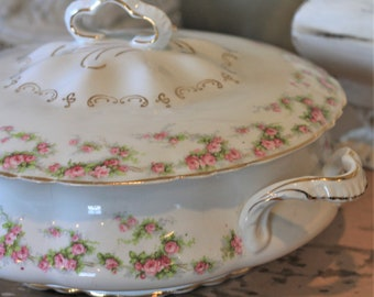 Vintage Ceramic Soup Tureen Covered Serving Round Casserole Dish with Handles Pope Gosser Floral Gold Trim Shabby Chic French Country