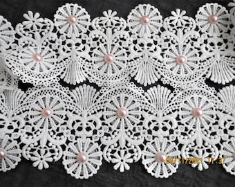 Gorgeous white lace with pink pearl