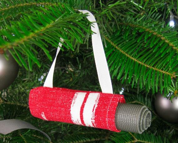 Yoga Ornament Weihnachtsschmuck Fur Yogis Rote Etsy