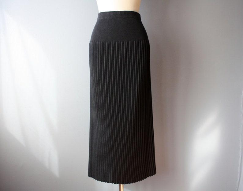 876015ae51 Vintage 90s maxi skirt / black accordion pleated skirt / L / | Etsy