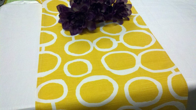 YELLOW TABLE RUNNER Sun yellow and White Geometric Circles image 0