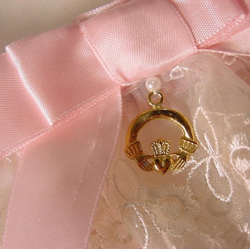 Irish LACE  wedding garter set pink and white Claddagh Charm HEIRLOOM ELEGANCE