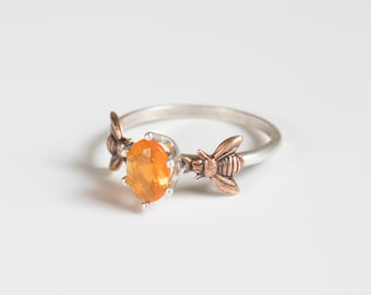 Fire Opal Ring - Silver Bee Ring - Honeybee Ring - Bee Jewelry - Bee Gift - Stacking Ring - Mexican Fire Opal - Opalescent