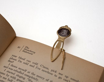 Ernest Hemingway Bookmark - Unique Bookmark - Classic Literature - Librarian Gift - Book Nerd