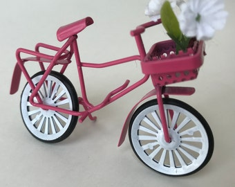1Pc 1:12 Dolls House Miniature Bikes Plastic Mini Bicycle Dolls House accdnd