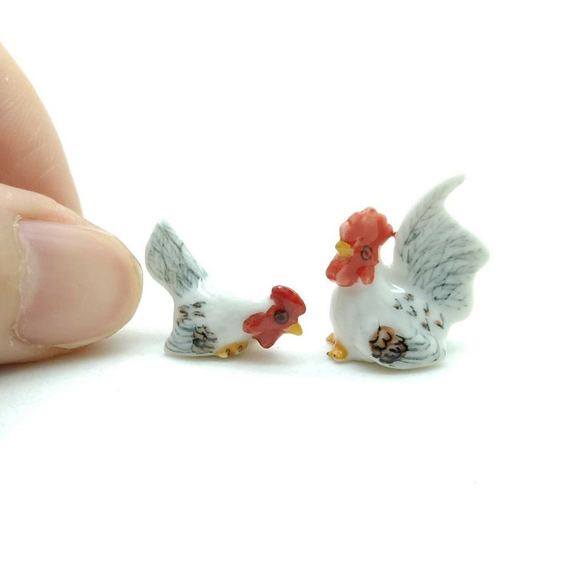 2 Hen Cock Rooster Ceramic Figurine Animal Tiny Statue